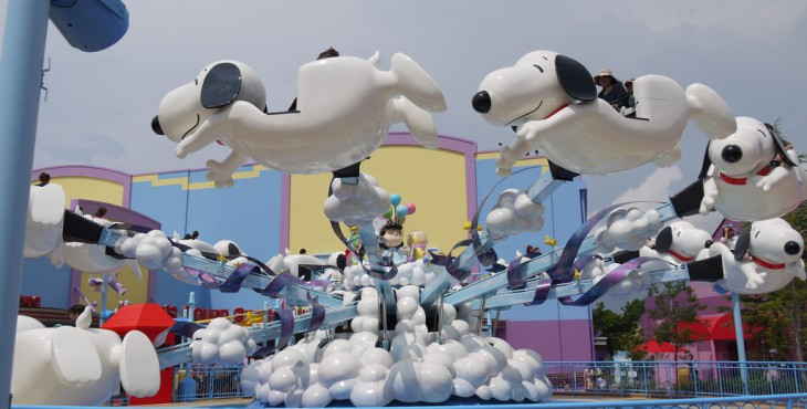 Flying_snoopy_snoopy_studio_UWL_USJ